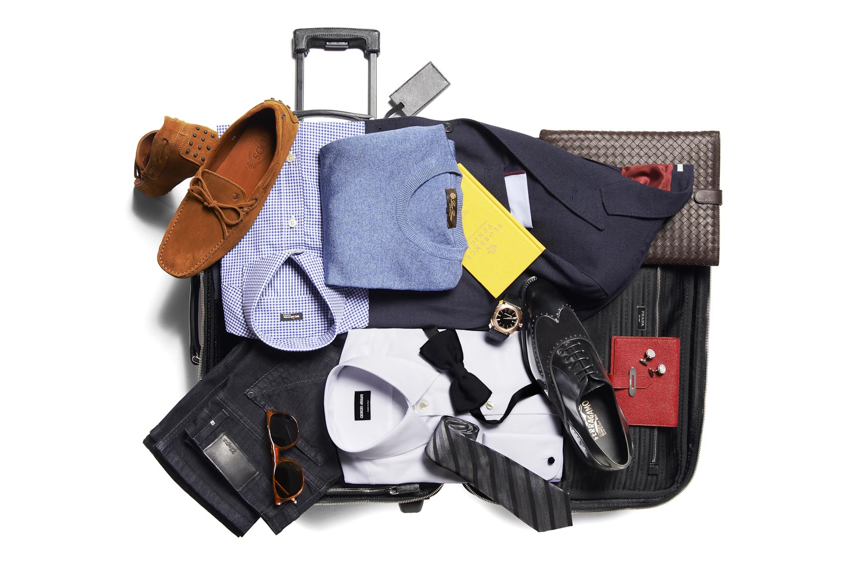 Fashion Off-Figure | Accessories Packed Suitcase